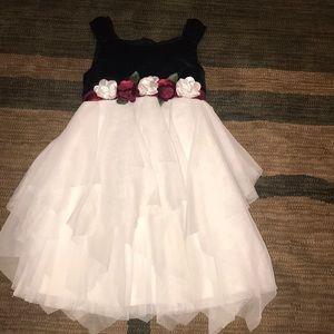 Girls dress size 6